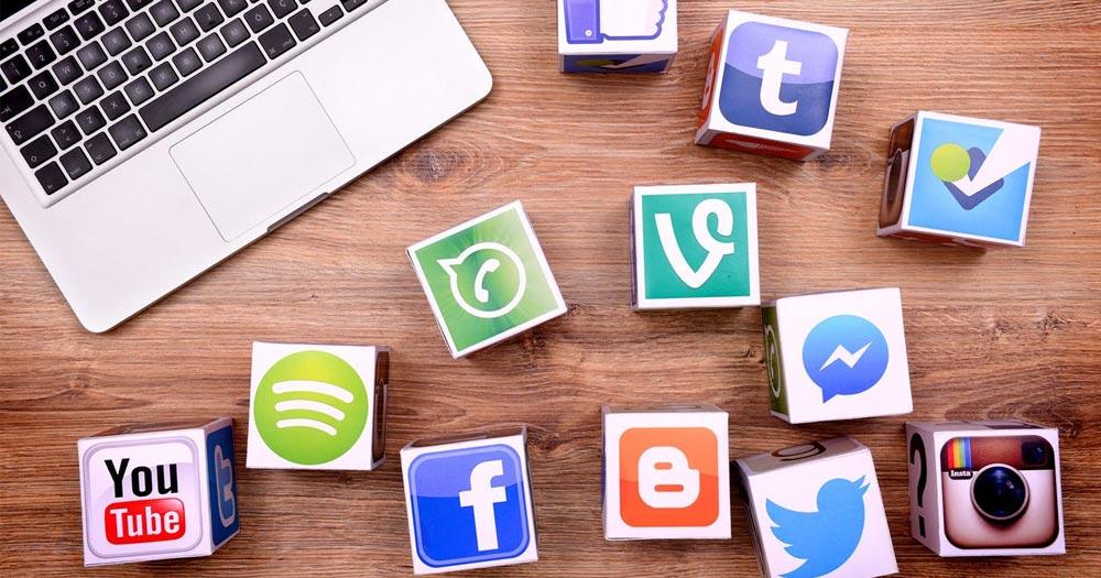 Chia sẻ website trên các trang mạng xã hội